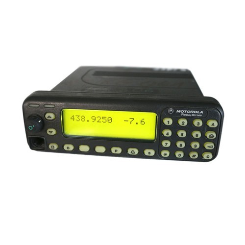 Motorola MC 2100 (Radius GM1200) 70cm Mobilfunkgerät programmiert auf Amateurfunk