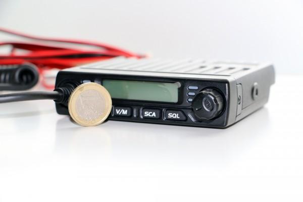 Team MiCo UHF Betriebsfunkgerät Größenvergleich